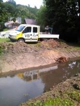 Tesáre - úprava koryta potoka v detskom tábore